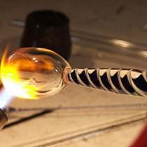 Científicos de la Universidad de Michigan lograron que el plástico pueda conducir el calor