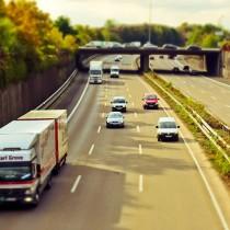 Transportistas triplican esfuerzos para mantener el abastecimiento