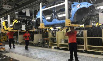La producción automotriz crece un 0.4% en México