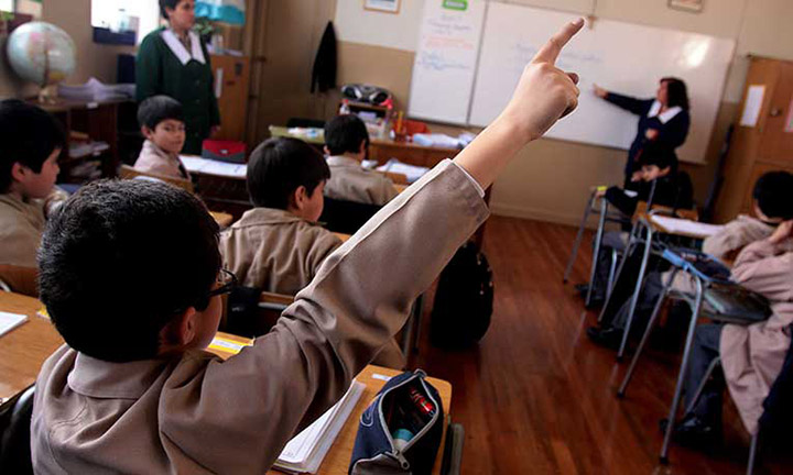 San Luis Potosí prohíbe uso de plásticos en sus escuelas