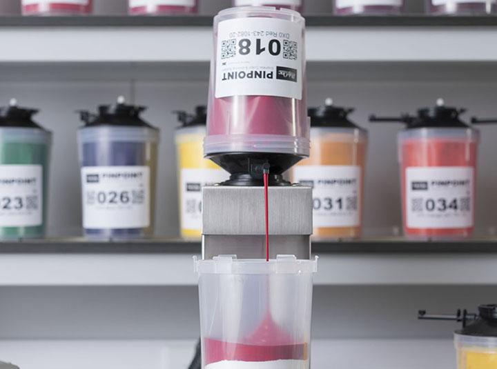 PolyOne anuncia su nuevo sistema de dosificación para el diseño de colorantes
