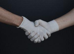 Calidad y rendimiento en máquinas para fabricar guantes