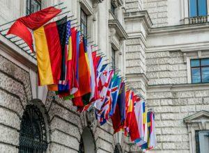 Empresas piden tratados mundiales sobre plásticos