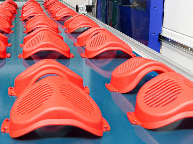Tecnología de moldeo por inyección para las máscaras de FRÖBEL