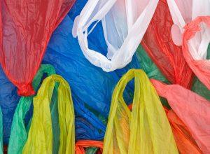 ¿Prohibirá Maryland las bolsas de plástico en las tiendas minoristas?